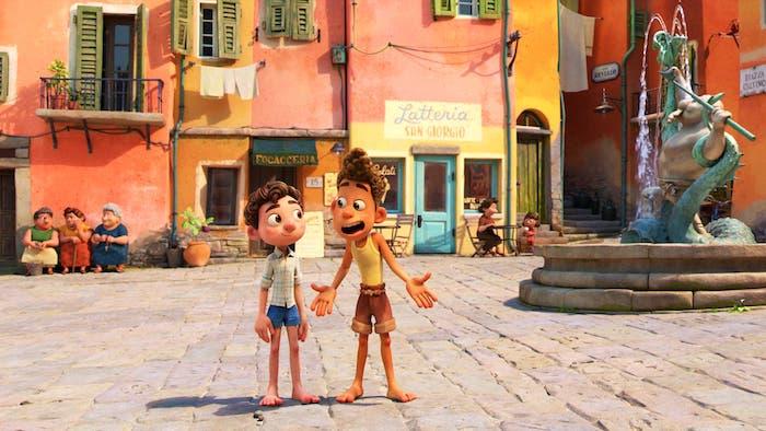 Luca y Alberto en la plaza