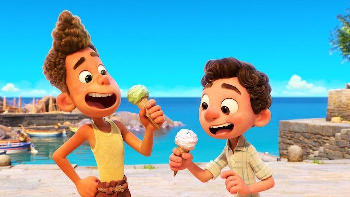 Luca y Alberto comiendo helados